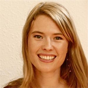 Annie Blecher