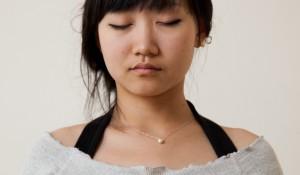 girl-meditating2