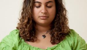 girl-meditating7