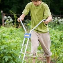 student-gardening5