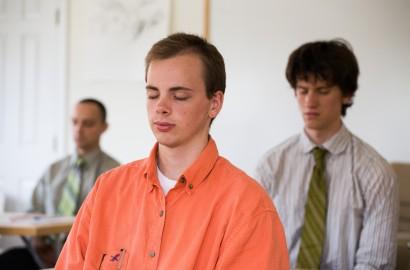 students-meditating