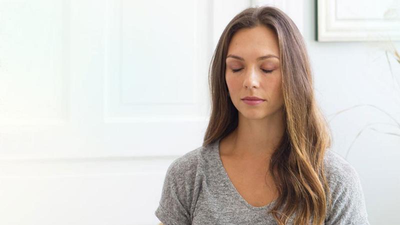 Tannel-meditating-16-9